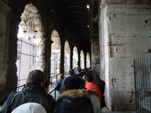 Fila de meia hora para entrar no Coliseu